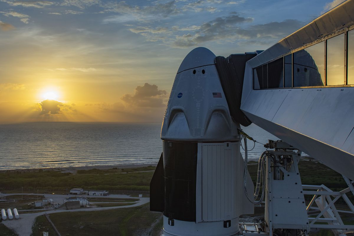 The Crew Dragon capsule sits atop the Falcon 9 rocket.