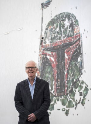 Jeremy Bulloch attends a photo call at the