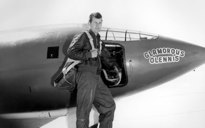 Yeager in 1947 standing next to _Glamorous Glennis_,  the rocket-powered Bell X-1 that took him past Mach 1.