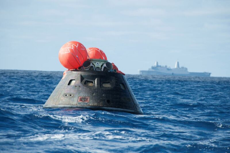 NASA's Orion spacecraft floats in the Pacific Ocean after splashdown from its first flight test in 2014.
