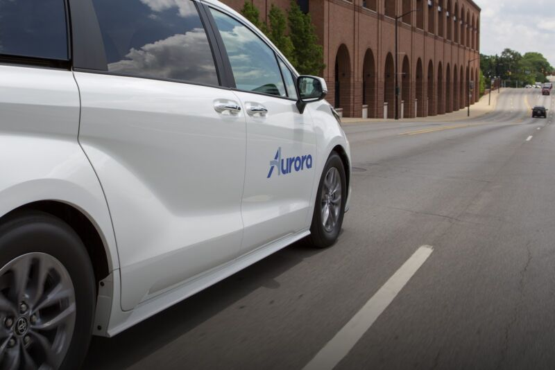Toyota partners with startup Aurora to develop self-driving taxis